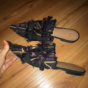 Zara yarn fringe miles- used but in good condition